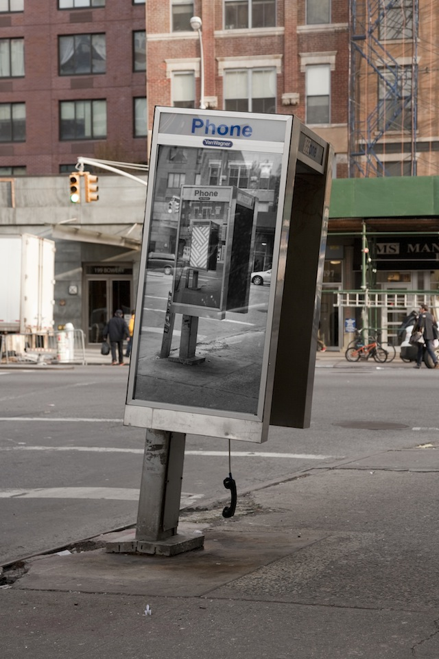 Inception-Phone-Booth6