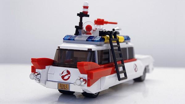 lego-ghostbusters-ecto-1-cuusoo-rear-600x337
