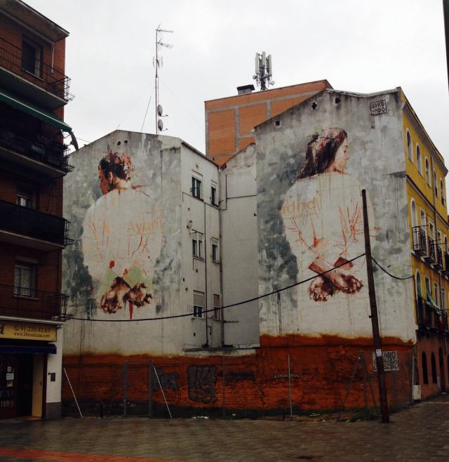 Street-Art-by-Borondo-in-Tetuan-Madrid-Italy-1