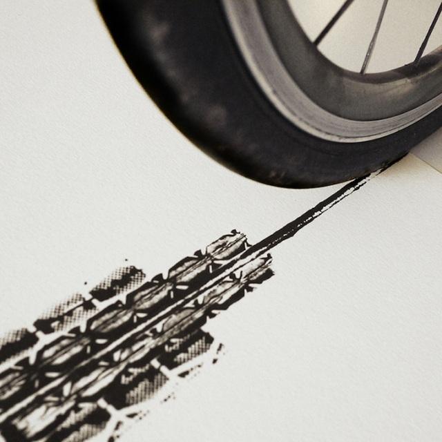 CyclistsEmpire3