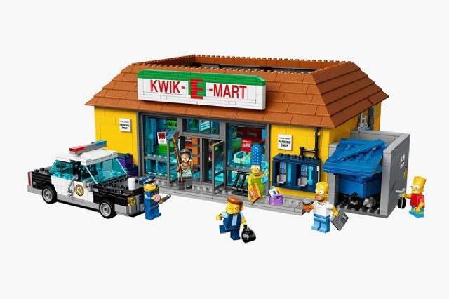 1The-Kwik-E-Mart-From-The-Simpsons-Lego_0