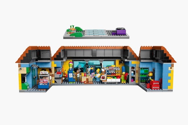 The-Kwik-E-Mart-From-The-Simpsons-Lego_1